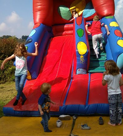 Fun day bouncy slide_opt